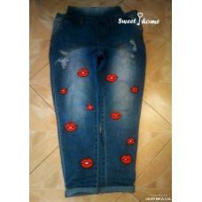 Вышивка на джинсах Поцелуйчики
